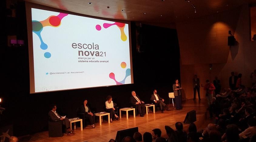 ESTEM DINTRE DE LA XARXA D'ESCOLANOVA21 I DE COMPETÈNCIES BÀSIQUES